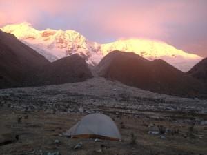 Sunset at Ishinca valley, 4350m